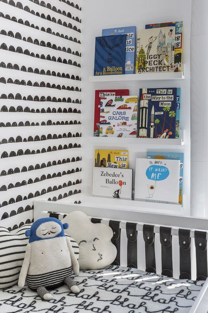 quarto de criança preto e branco