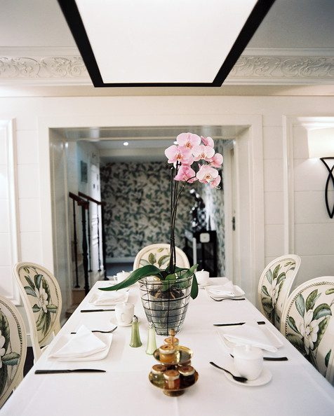 Orchid+Floral+patterned+upholstered+dining+_ngt-SbWZO6l
